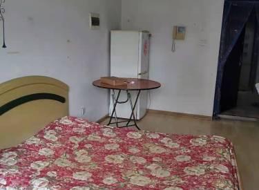 步阳江南甲第一期1室1厅1卫40.00m²