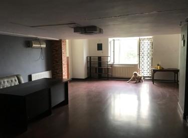 1世界公寓 2室 2厅 1卫 130㎡