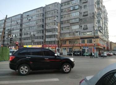 (出售) 和平区 太原街 临街门面南八路口,超级大门脸