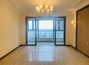 恒大绿洲4居室 全新没住过 好楼层150万 价格可议 无税