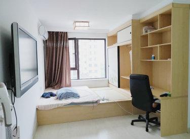 玉祥明居 诚心出租有钥匙 家具家电齐全有空调 精装修大单间