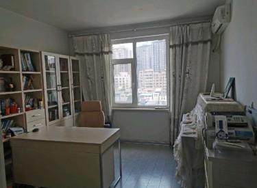 慧缘馨村 3室 2厅 2卫精装送车位 电梯小高中间楼层采光好
