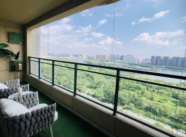 南塔圈浑河景观房越秀星汇云锦大平层精装双校区下楼就是公园