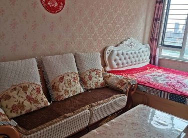 白塔河地铁口 精装大一室 婚房首次出租 押一付三 照片真实