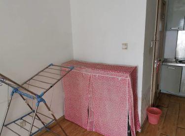 急 急 皇家首座精装修,拎包入住,看房方便有钥匙,楼下地铁。