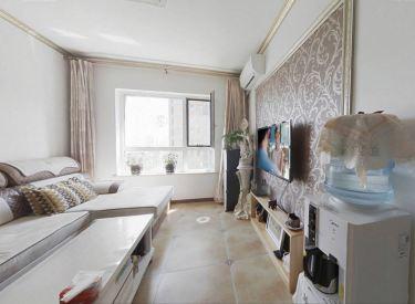 精装两室 北卧室可看河景 装修花5万多保持新 采光好看房方便