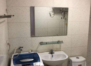 北二路家乐福旁鑫丰国际 精装2室 1厅包取暖物业