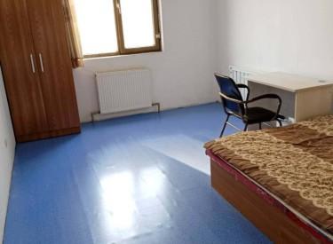 黄河家园 黄河大街巴山路 4室1厅1卫 150㎡ 拎包即住