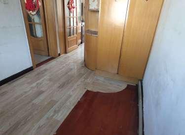 保工街地铁口附近 采光好 位置好 4楼 急租 屋内干净整洁
