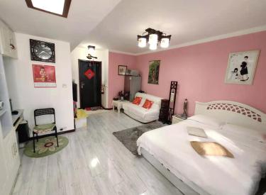 宏发三千院精装一室,单身首选,近市场