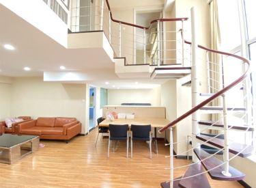 房源真实急售 两室两厅 钻石星座 5米举架 精装跃层 复式