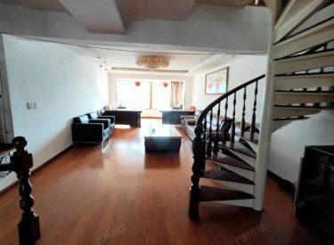 急卖 金苑华城 全越大户型带阁楼,附加面积,看房方便