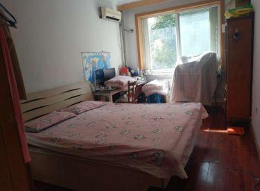 延安里社区 6室 2厅 2卫 197㎡ 叠拼别墅600万出售