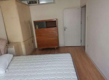 宝环社区 3室  60㎡五楼精装修 126总校 自住落户都行