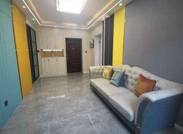 急售,新村2楼,三阳户型,低首付,紧邻地铁4号线,精装2室,拎包入住
