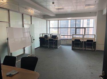 (出租)太原街 郎勤泰元中心 110平 精裝修 帶隔斷 進去就可以辦公